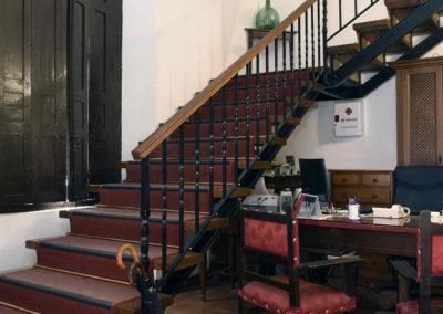 hotel-casa-acacio-san-clemente-cuenca-entrada-recepcion-02
