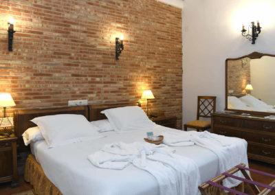 hotel-casa-acacio-san-clemente-cuenca-habitacion-3-doble-superior02