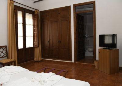 hotel-casa-acacio-san-clemente-cuenca-habitacion-3-doble-superior05