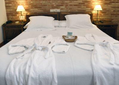hotel-casa-acacio-san-clemente-cuenca-habitacion-3-doble-superior11