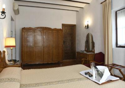 hotel-casa-acacio-san-clemente-cuenca-habitacion-4-doble-superior07
