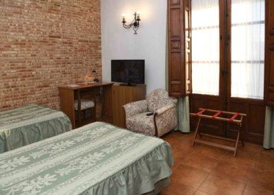 hotel-casa-acacio-san-clemente-cuenca-habitacion-7-doble-05