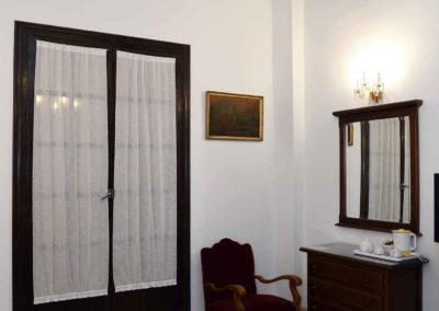 hotel-casa-acacio-san-clemente-cuenca-habitacion-8-suite-02