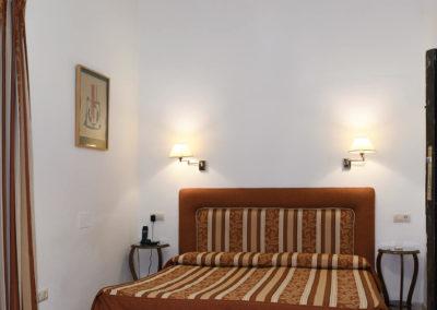 hotel-casa-acacio-san-clemente-cuenca-habitacion-9-doble-01