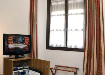 hotel-casa-acacio-san-clemente-cuenca-habitacion-9-doble-04