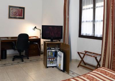 hotel-casa-acacio-san-clemente-cuenca-habitacion-9-doble-05