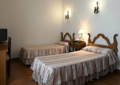 hotel-casa-acacio-san-clemente-cuenca-habitacion5-doble-supletoria-01