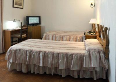 hotel-casa-acacio-san-clemente-cuenca-habitacion5-doble-supletoria-05