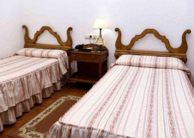 hotel-casa-acacio-san-clemente-cuenca-habitacion5-doble-supletoria-07