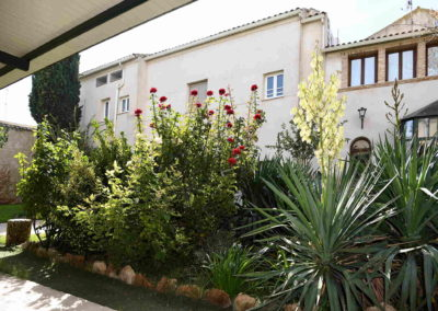 hotel-casa-acacio-san-clemente-cuenca-jardin-01