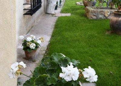 hotel-casa-acacio-san-clemente-cuenca-jardin-22
