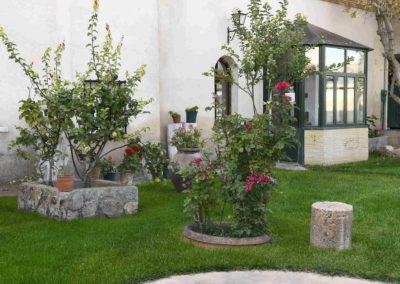 hotel-casa-acacio-san-clemente-cuenca-jardin-23
