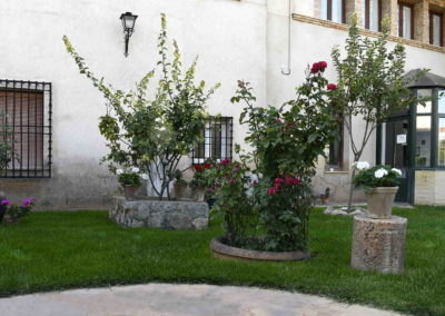 hotel-casa-acacio-san-clemente-cuenca-jardin-26