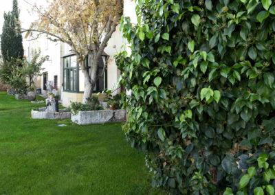 hotel-casa-acacio-san-clemente-cuenca-jardin-30