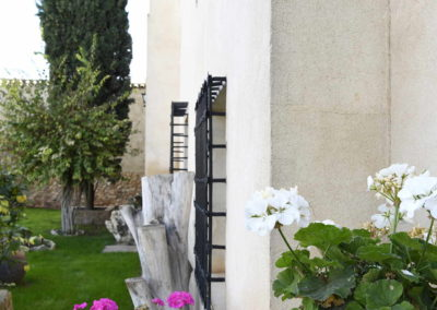 hotel-casa-acacio-san-clemente-cuenca-jardin-34