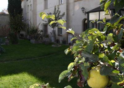 hotel-casa-acacio-san-clemente-cuenca-jardin-42