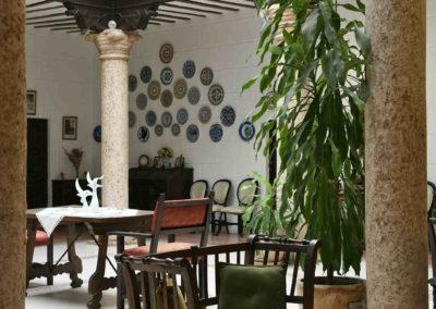 hotel-casa-acacio-san-clemente-cuenca-patio-interior-15