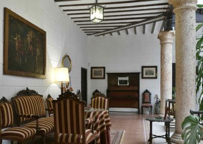hotel-casa-acacio-san-clemente-cuenca-patio-interior-18