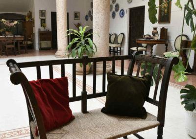 hotel-casa-acacio-san-clemente-cuenca-patio-interior-21