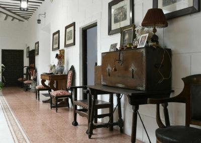 hotel-casa-acacio-san-clemente-cuenca-patio-interior-23
