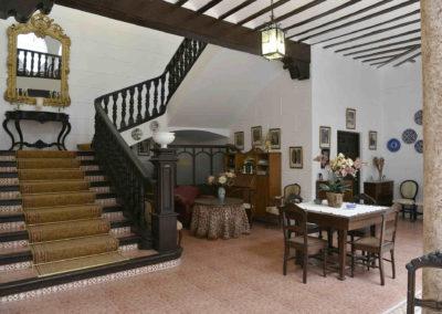 hotel-casa-acacio-san-clemente-cuenca-patio-interior-26