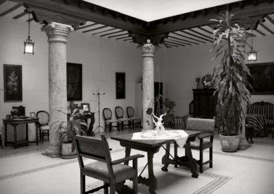 hotel-casa-acacio-san-clemente-cuenca-patio-interior-31