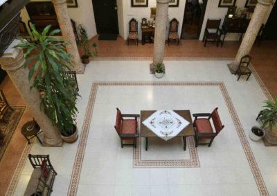 hotel-casa-acacio-san-clemente-cuenca-patio-interior-36