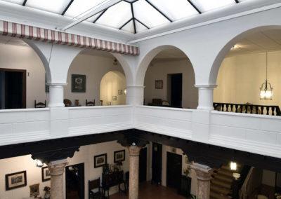 hotel-casa-acacio-san-clemente-cuenca-patio-interior-38