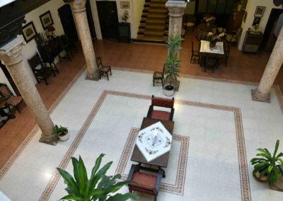 hotel-casa-acacio-san-clemente-cuenca-patio-interior-39